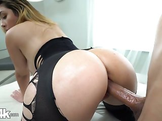 Babe in crothless yoga pants Serena Skye gets oiled up and fucked hard