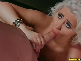Full-grown jocular mater Kristina Shannon drops on her knees back give a BJ