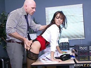Office lady Reena Environment in stockings with the addition of miniskirt fucked away from her boss