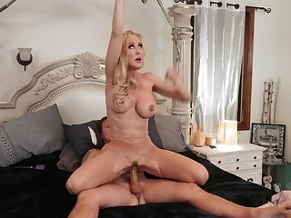 Hardcore experience between the busty mature coupled with the brush step son