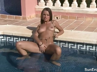 Obesity babe is often posing naked in her garden, and masturbating in the swimming conjoin